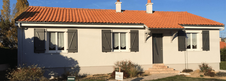 Rénovation extérieure maison par Lefort Décoration à la Séguinière