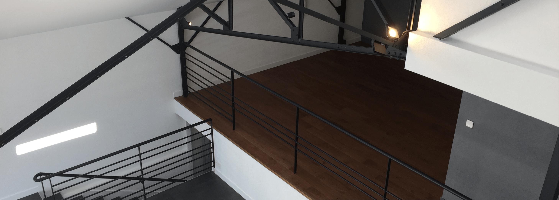 Mezzanine style industriel par Lefort Décoration à la Séguinière dans le Maine et Loire 49